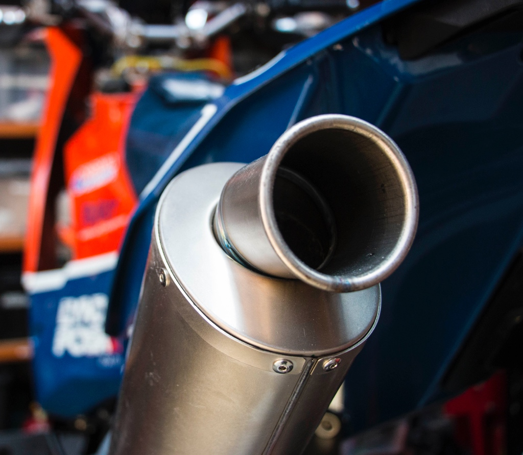 690 rally replica exhaust upgrade